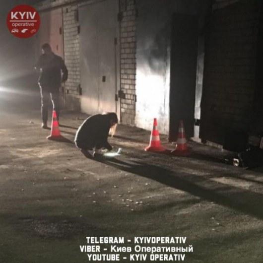 ВКиеве наДарнице мужчину расстреляли всвоем гараже
